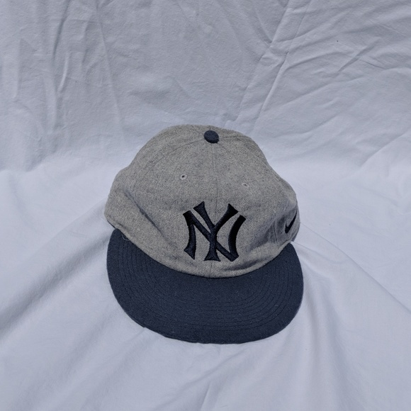 d36a3ea0 ... inexpensive nike new york yankees old school style hat 84dd2 b4029